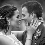 fotografia en blanco y negro de boda